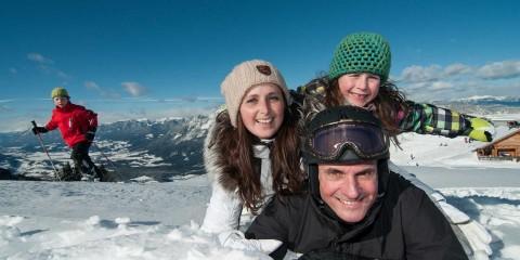 Winterurlaub mit Familie im Naturel, Skifahren in Villacher Skibergen