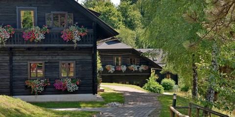 Dorf Schönleitn